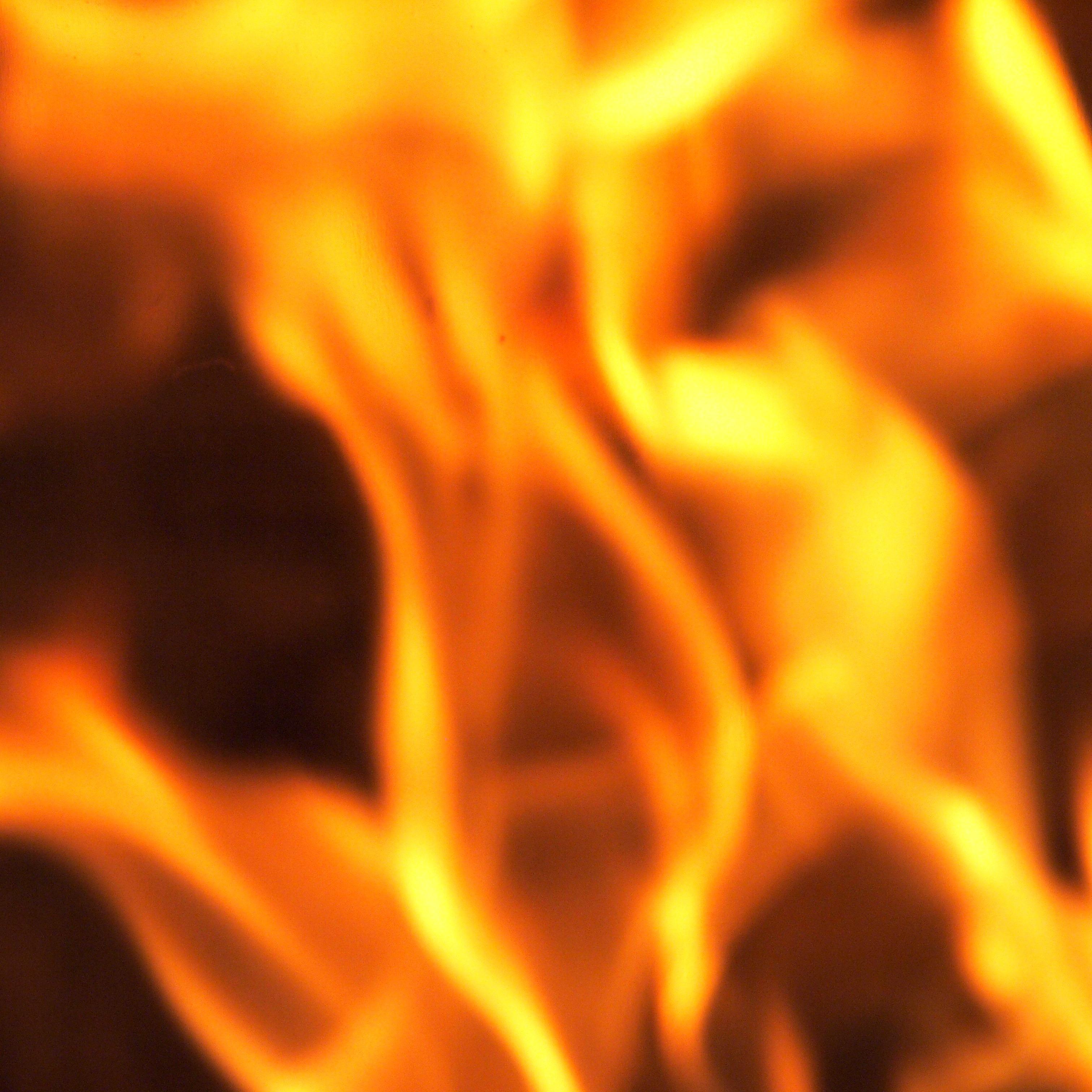 manches brennt ein  Leben lang- aber brennt nie ab ...